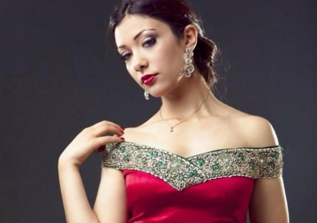 المغربية صفاء طواش ملكة جمال العالم للانسانية