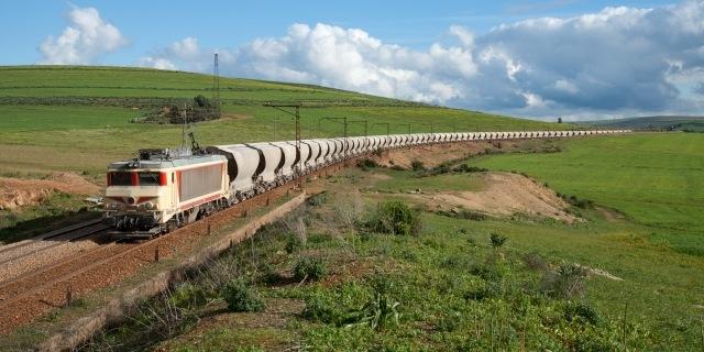 تراجع قيمة صادرات المغرب من الفوسفاط بنسبة 6.5 في المائة