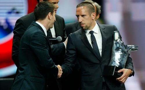 ثلاثة نجوم يتنافسون على جائزة لاعب اوروبا