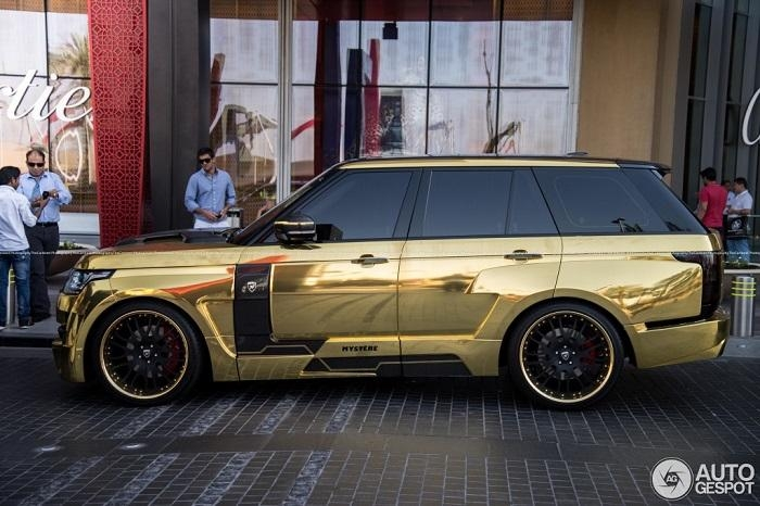 سيارات الخليجيين الفارهة تُبهِر الإنجليز