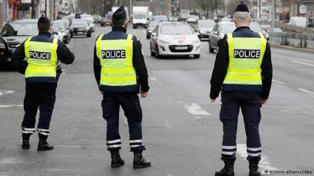 عصابة تسطو على موكب أمير سعودي في باريس