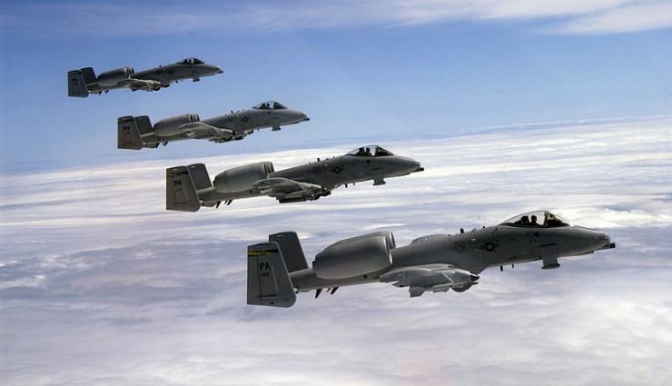 الطائرات الأمريكية تقصف مواقع داعش بالعراق