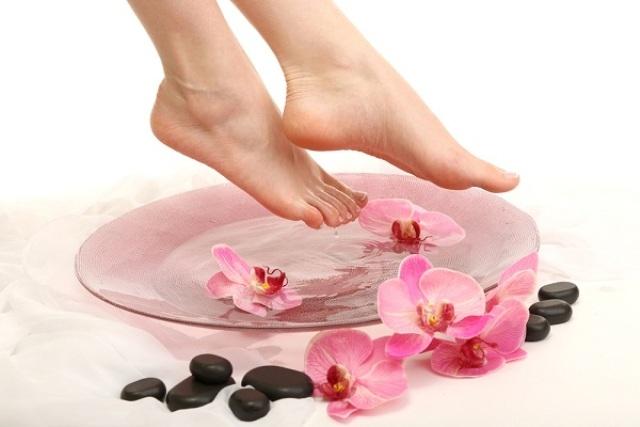 نصائح بسيطة وسهلة لأقدام صحية وجميلة