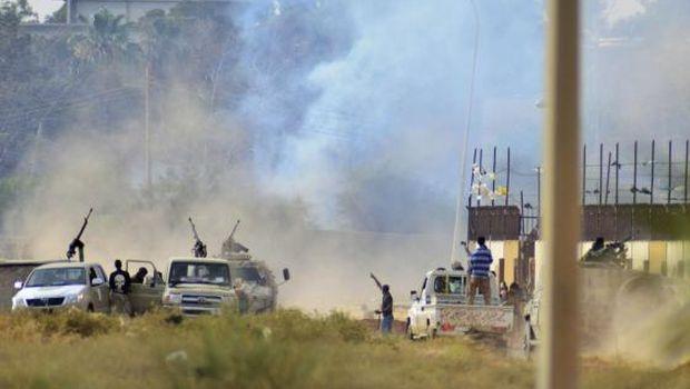 قصف مواقع تابعة لأنصار الشريعة ببنغازي ودرنة