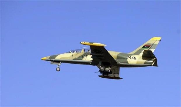 استمرار التكهنات بخصوص الطائرات المجهولة التي قصفت طرابلس