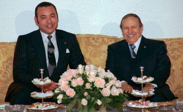 العاهل المغربي يعزي الرئيس الجزائري في ضحايا الزلزال