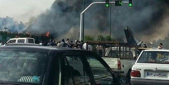 مقتل جميع  ركاب طائرة سقطت قرب مطار طهران