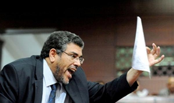 وزير العدل يجري تغييرات في مناصب حساسة بوزارته