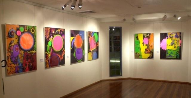موسم أصيلة يحتضن معرض الفن التشكيلي البحريني