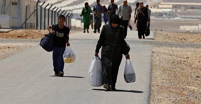 عدد اللاجئين السوريين تخطى ثلاثة ملايين
