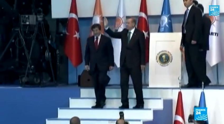 أوغلو خليفة أردوغان في الحزب والحكومة