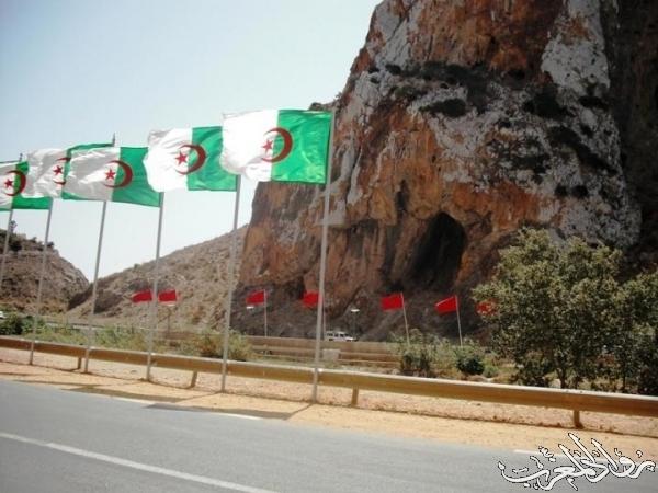 مغربية تقطع 4 كيلومترات في 3 أيام لزيارة أختها بالجزائر