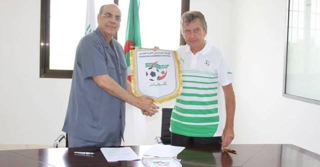 غوركيف يوقع عقده كمدرب للمنتخب الجزائري