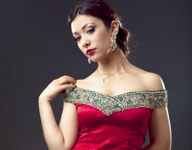 مغربية تنافس على لقب ملكة جمال العالم للإنسانية