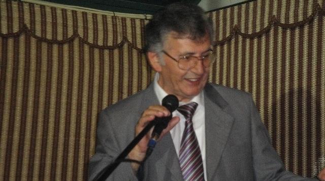 بيت الشعر في المغرب ينعي الشاعر الفلسطيني الكبير سميح القاسم