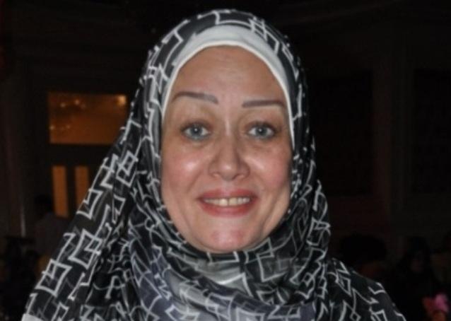 هالة فاخر: ارتديت الحجاب خجلا من بناتي