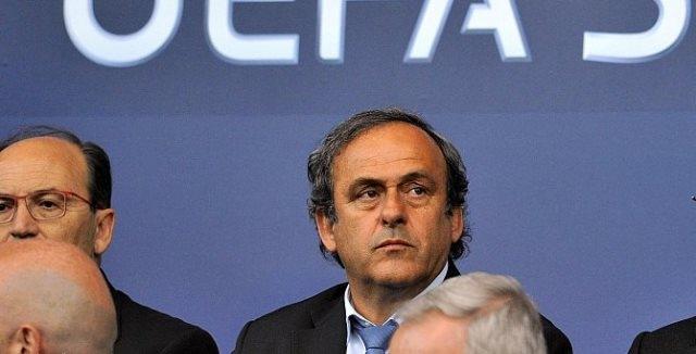 بلاتيني يقرر عدم منافسة بلاتر على رئاسة الفيفا