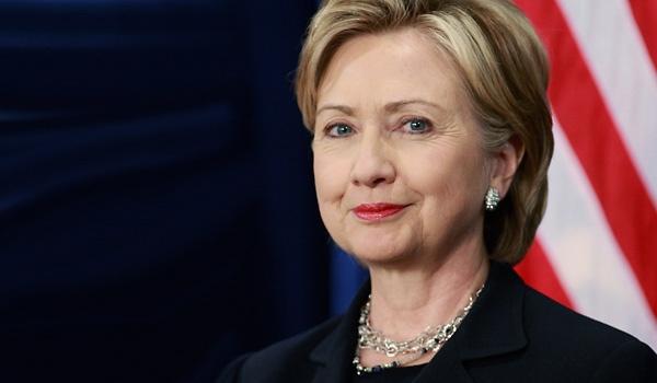 هلاري كلِينتُون:هكذا أنشأت أمريكا داعش