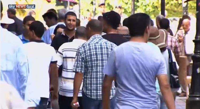 قلق تونسي من نزوح الآلاف من الليبيين