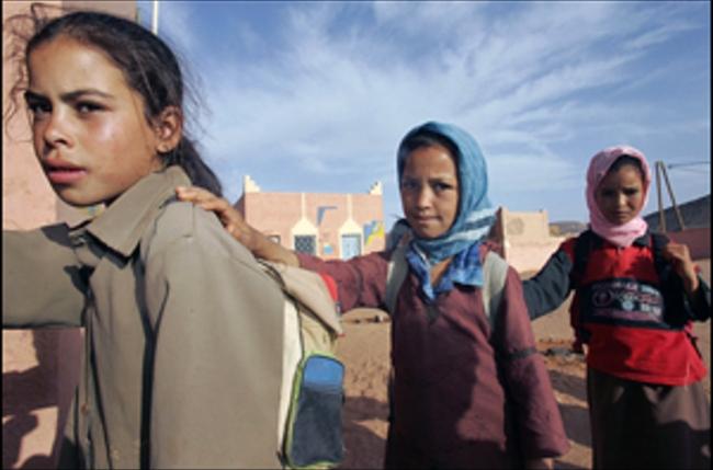 طبيبة سودانية تستقبل زوجها المتوفي وطفلتيها في حادث مرور