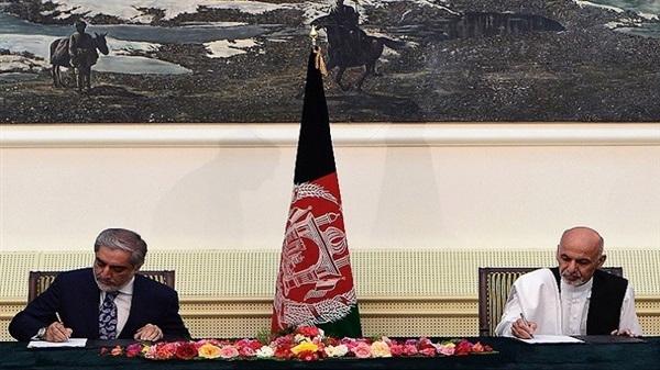 انتهاء الخلاف بأفغانستان بتقسيم السلطة