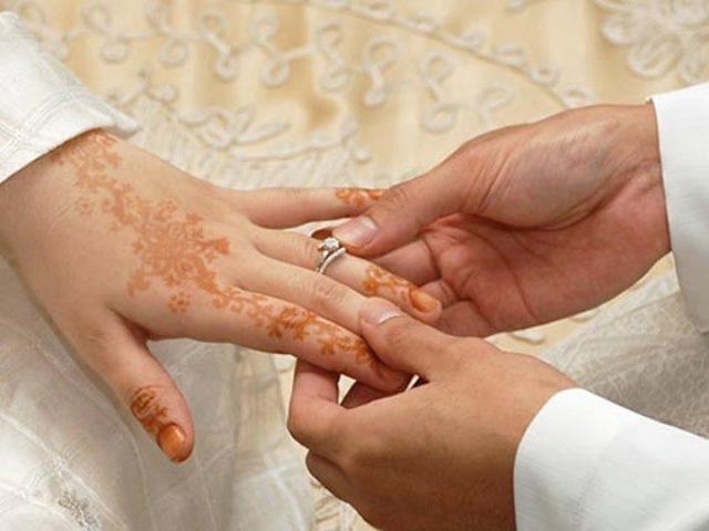 عريس موريتاني يسرق مهر عروسه من شركة والدها