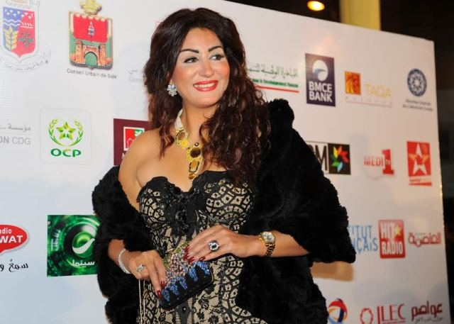 الممثلة المصرية وفاء عامر تحاول في سلا إصلاح ما أفسدته الخياط وشعبان