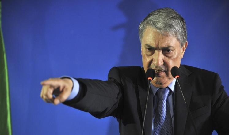 بن فليس يطالب بإعلان شغور منصب الرئيس الجزائري