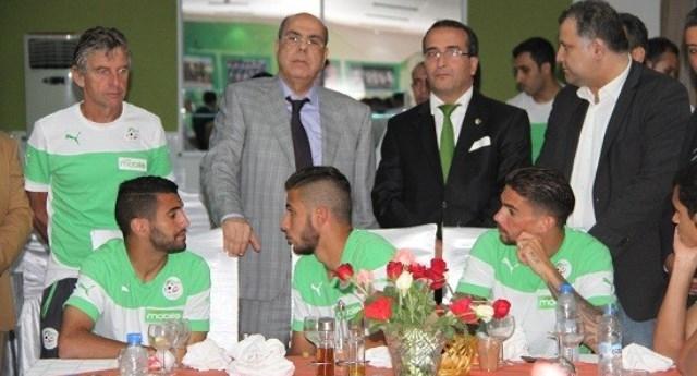 الخضر مهددون بالإقصاء من كأس افريقيا بسبب القنوات الجزائرية