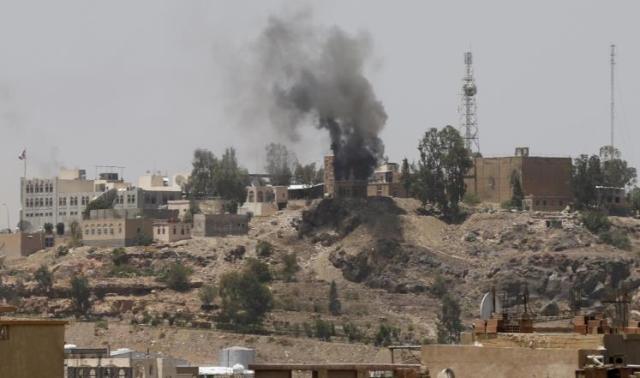 تواصل قصف الحوثيين للتلفزيون اليمني