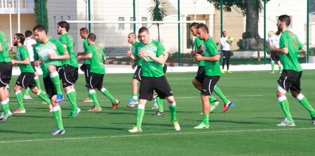 كورغوف يستدعي 26 لاعبا محليا للمنتخب الجزائري