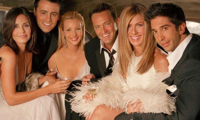 مسلسل Friends يحتفل بعامه الـ 20