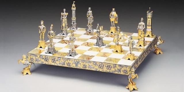 رقعة شطرنج من الذهب والألماس ثمنها 9 ملايين دولار!