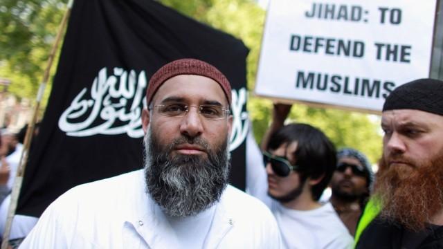 اعتقال 9 إسلاميين
