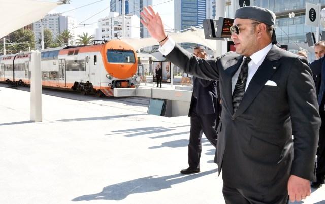 العاهل المغربي  يدشن المحطة السككية الجديدة للدار البيضاء- الميناء