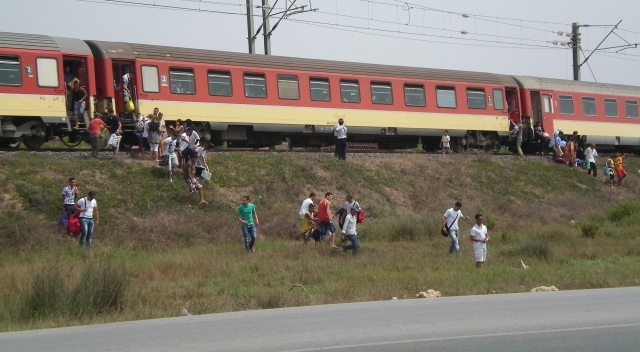 حزب مغربي معارض يطالب بضرورة خلق شرطة خاصة بالقطار