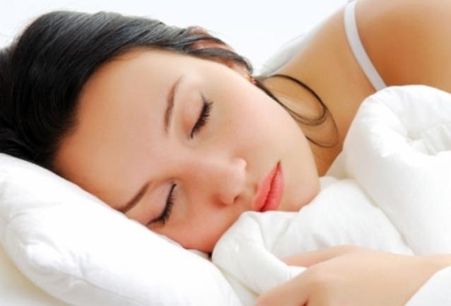تخلصي من دهون الجسم أثناء النوم