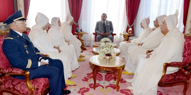 العاهل المغربي يستقبل الوفد الرسمي المتوجه  إلى الديار المقدسة لأداء مناسك الحج