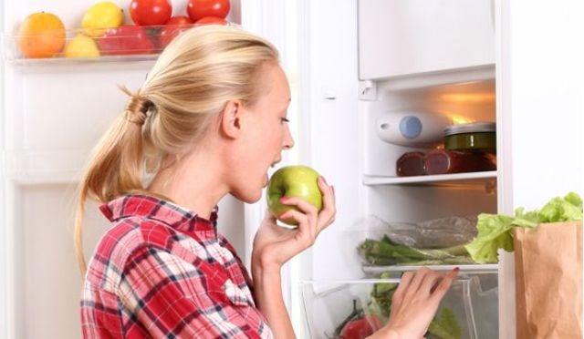 أطعمة خطيرة موجودة في ثلاّجتك