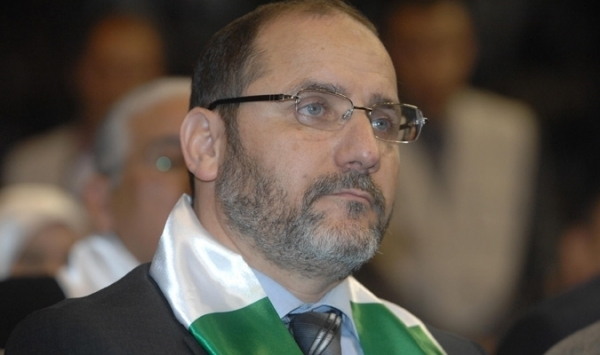 حركة مجتمع السلم تدعو الحكومة الجزائرية إلى حل بؤر التوتر