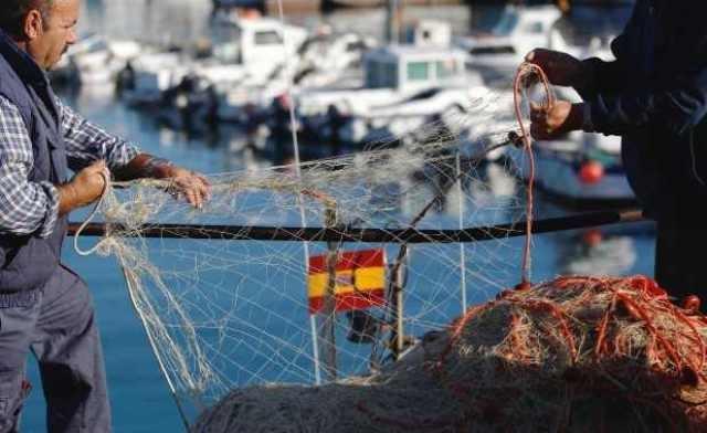 الصيد البحري..البواخر الإسبانية تشرع منذ اليوم في التوجه إلى طنجة
