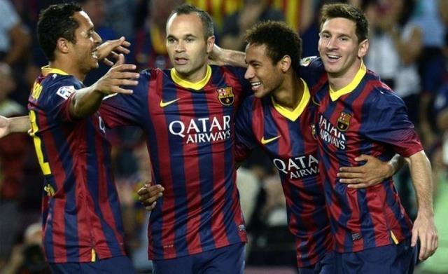 برشلونة يرد على الريال ويتصدر الدوري