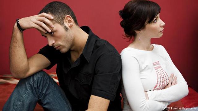علماء يكتشفون العلاقة بين السمنة والنزاعات الزوجية