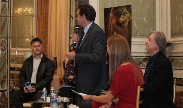 باريس تمنح جائزة أدبية جديدة للكاتب المغربي فؤاد العروي