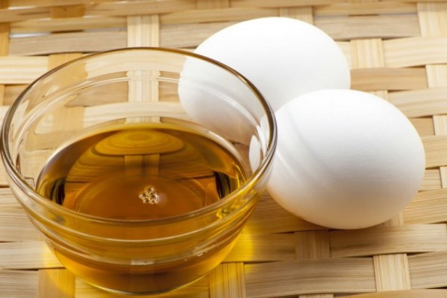 فوائد البيض لمعالجة مشاكل الشعر التالف