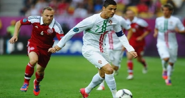 رونالدو يهدي البرتغال ثلاث نقاط أمام الدانمارك