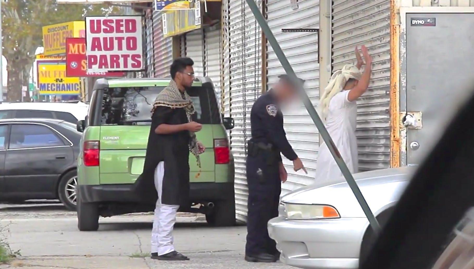 عنصرية الشرطة الأمريكية اتجاه المسلمين