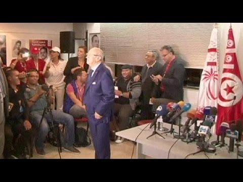حزب النهضة في تونس يقر بفوز منافسه حزب النداء
