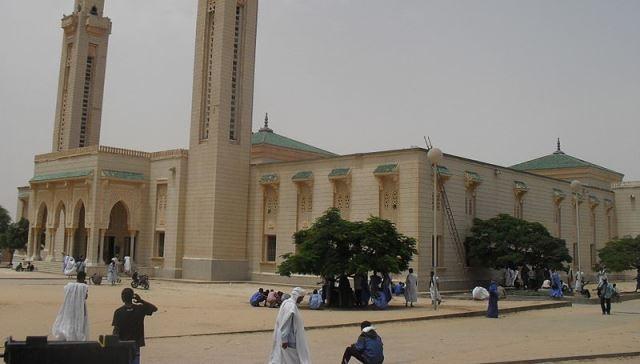 الموريتانيون يعملون اليوم الجمعة لاول مرة في المؤسسات الحكومية
