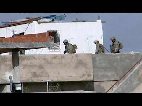 مقتل 5 نساء في اقتحام منزل محاصر في تونس